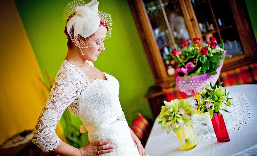 zdjęcia z przygotowań przed ślubem